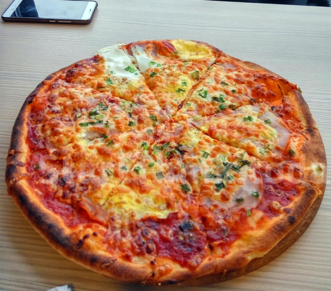 Riviera Pizza
